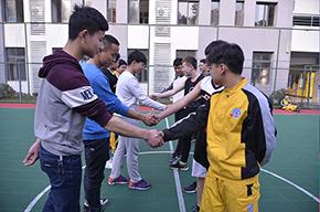 校园篮球比赛