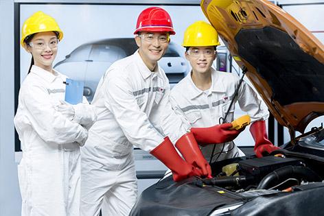 """汽车""""新""""时代,学技术就选新能源专业"""